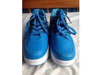 Heelies blue boys size 6