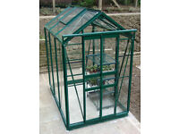 New Simplicity Sandon Green Greenhouse 4ft2 wide x 6ft3 long
