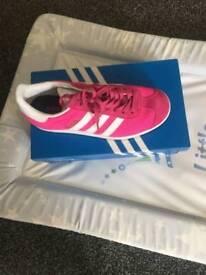 Girls training shoes size 3