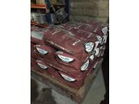 Small pallet of 10 bags of self levelling compound bond it