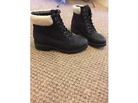 Newlook boots UK 5