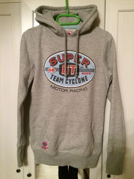 superdry pullover hoodie xs neuwertig in niedersachsen northeim ebay kleinanzeigen. Black Bedroom Furniture Sets. Home Design Ideas