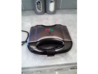 Russell Hobbs Toasties maker