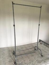 Small Hanging Rail