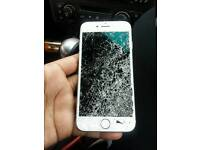 iPhone 7 32GB Vodafone Boxed - NEEDS NEW SCREEN