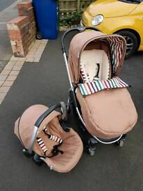 Hauck pushchair, car seat and rain cover (includes cosy toes)