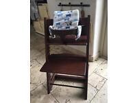 Stokke Tripp trap Walnut high Chair HG3