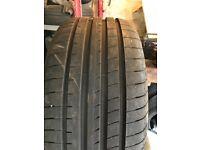 Single tyres
