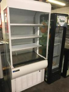 """36"""" masterbilt open grab and go fridge , like new 3ft save$$$ shipping with in canada available"""
