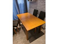 Oak extending dining table and 4eather chairs