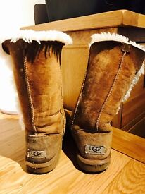 Sheepskin lined Ugg Boots (Size UK 2)