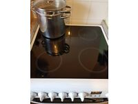 HOTPOINT DSC60 ELECTRIC COOKER - ALMOST BRAND NEW!