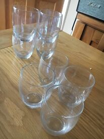 SET OF FOUR ROUND SHORT DRINKING GLASSES