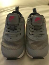 Toddler Nike trainers. Size 5.5.