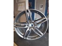 "Genuine Mercedes E Class AMG Diamond Cut 19"" Alloy Wheel 2"