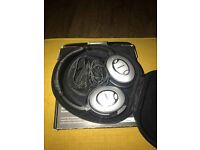 Bose QC15 (QuietComfort) Noise Cancelling Headphones