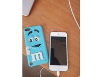 Ipod touch 5th generation in blue 32gb