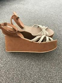 *REDUCED*Topshop tan flatforms size 8 BRAND NEW!