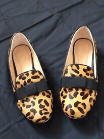Women's Flat Shoes Leopard print (faux hair) with black bow