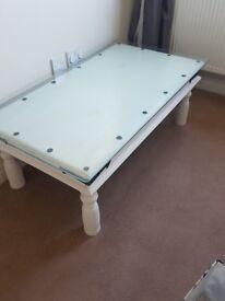 White soild wood Coffee table