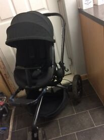 **Quinny Moodd pushchair & maxi Cosi Cabriofix car seat suitable from birth