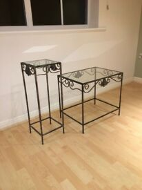 Immaculate iron Coffee table set. Includes both tables