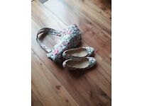 FLORAL WEDGE SHOES Size 8 with MATCHING HANDBAG