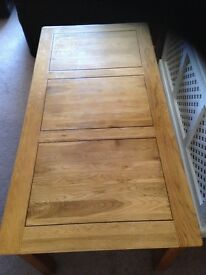 Oak Dining Table 6' x 3' with decorative border detailing