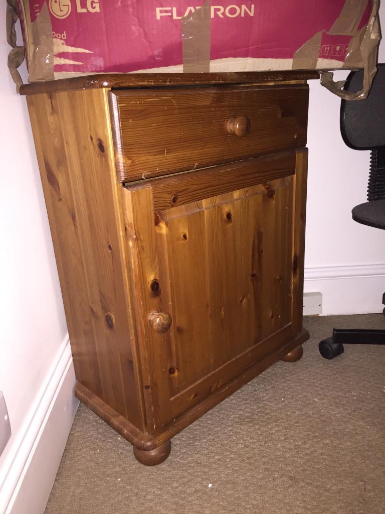Pine corner unit / TV Stand