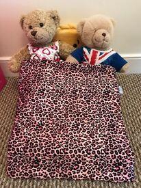 Build a bear wardrobe and bed
