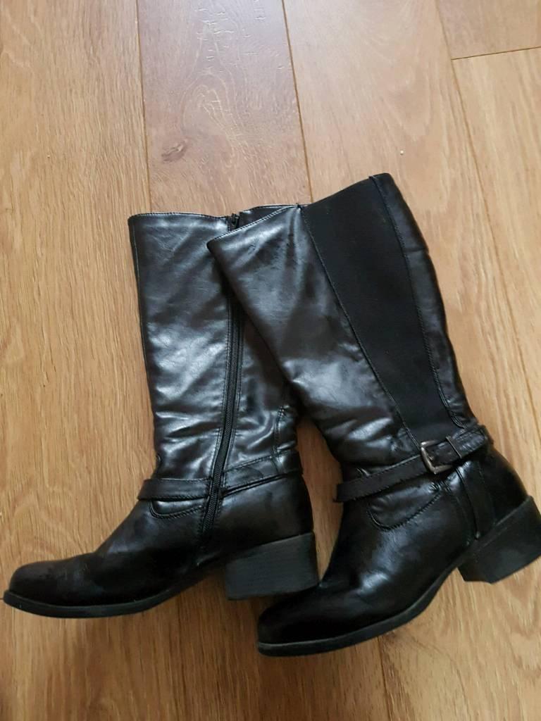 cc32f344c61 Ladies wide fit long Boots size 7