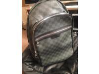 Louis Vuitton Men's Backpack - Michael (Graphite)
