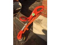 FLYMO Lawn Strimmer/Lawn Edge Trimmer