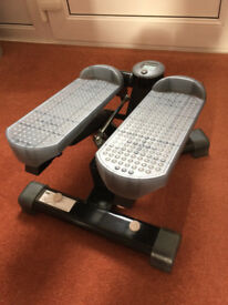 JOHN LEWIS MINI FITNESS STEPPER WITH LCD DISPLAY