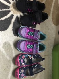 Girls shoes size 9-10