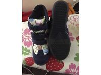 Women's Size5 wedge trainers
