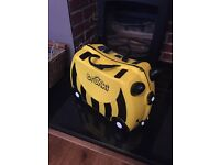 trunki lady bird and trunks bee