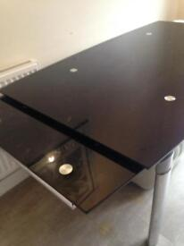 Grass dining table need gone asap