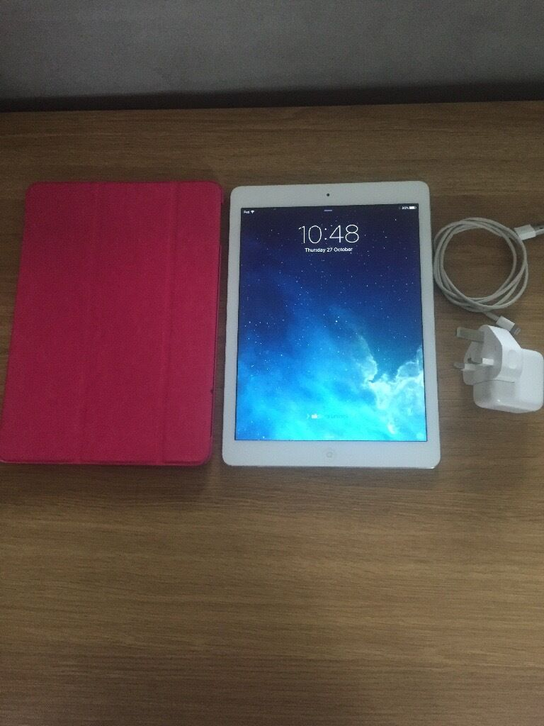 iPad Air 16GB wifi White and Silverin Ash Vale, HampshireGumtree - iPad Air 16GB wifi white and silver in very good condition, no cracks to screen and rarely used. Selling as I dont use it anymore. Pink case supplied if wanted. You can email, text or phone if you require further information. Can deliver locally