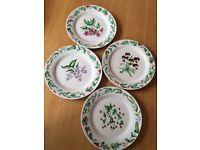 Floral Plates (4 pieces)