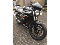 Triumph Speed Four (600cc) 2004 Naked Motorbike - with Renntec Rack & GIVI top box (+ free helmet!)