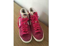 Nike ladies trainers