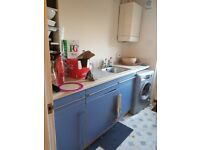 Free kitchen units and sink
