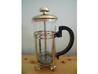 Chic small gold-coloured cafetiere–perfect for 1 mug of 'posh-cof' when instant just won't do!£6 ono