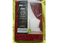 RED VELVET THERMAL DOOR CURTAIN