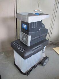 McAllister 2800W Quiet Garden Shredder - with a problem.