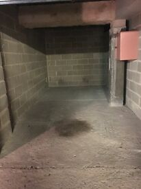 SECURE LOCK-UP GARAGE to rent in Elephant Castle ZONE1 CENTRAL LONDON 60£ PW