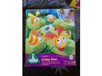 Kids crazy bee game