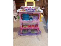Shopkins Tall Mall and accessories
