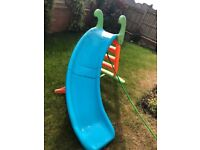 Feber slide for all juniors. Sturdy and safe. Used and in good condition.